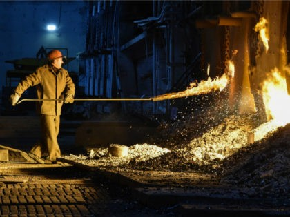 Open-hearth steelmaking process at the Vyksa Steel Works in Russia's Nizny Novgorod region on March 2, 2018. The plant is to shut down its open-hearth furnace by the end of March 2018. / AFP PHOTO / Vasily MAXIMOV (Photo credit should read VASILY MAXIMOV/AFP/Getty Images)