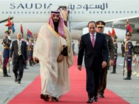 Egyptian President Abdel Fattah al-Sisi (C-R) welcomes Saudi Arabia's Crown Prince Mohammed bin Salman (C-L) upon his arrival in Cairo on March 4, 2018