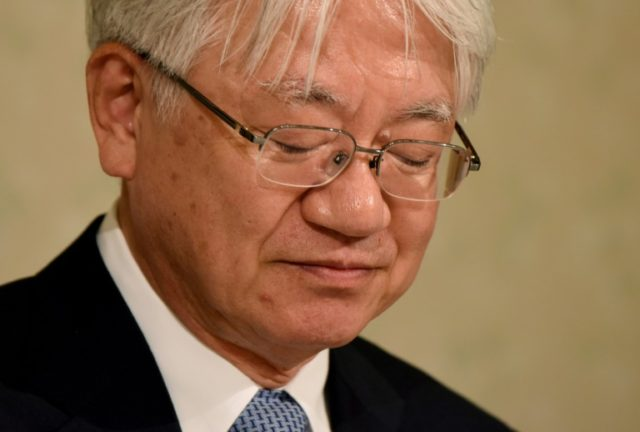 CEO of Japan's Kobe Steel says to quit after fake data scandal