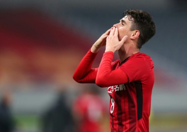 Brazilian midfielder Oscar has scored five goals in his last two games for Shanghai SIPG.