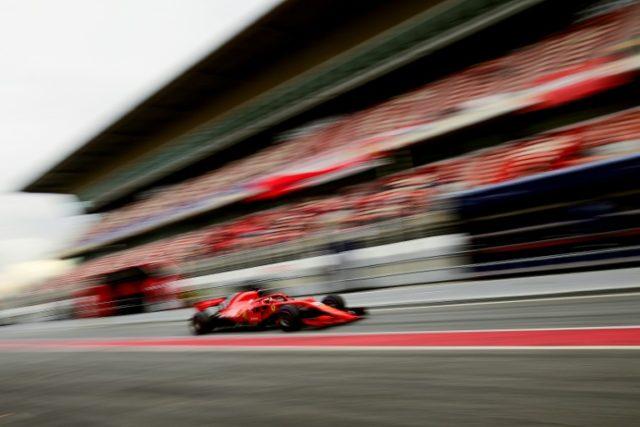 Vettel sets 'meaningless' Barcelona lap record
