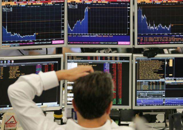 It's a man's world: Women's salaries still badly lag men's in British finance