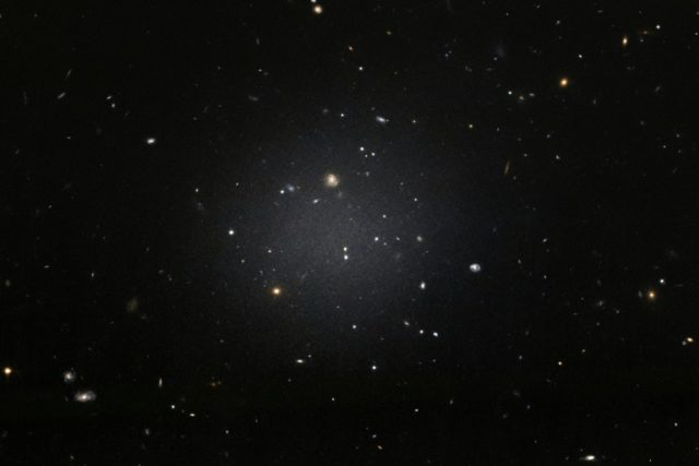 The NGC 1052-DF2 galaxy is missing most, if not all, of its dark matter