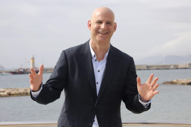 Harlan Coben switches publishers, has 5-book deal