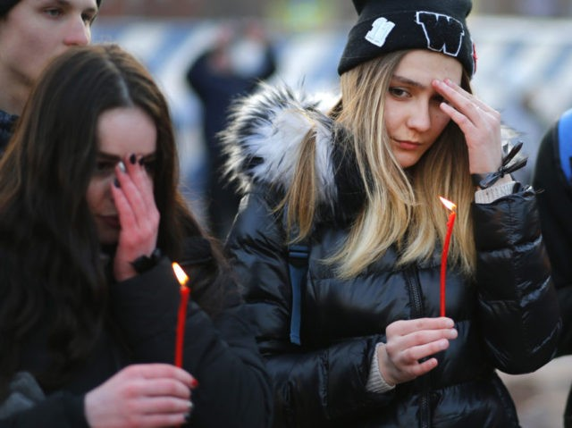 Russia mourns victims of deadly mall fire in Siberia