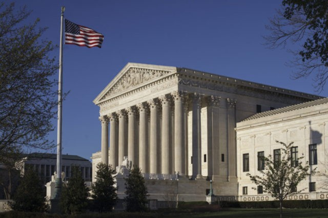 The Latest: Justices unsettled about partisan gerrymanders