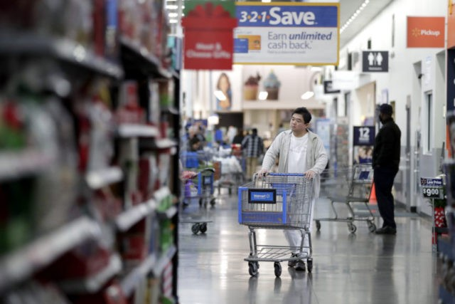 U.S.  economy grows 3.5% in 3Q as consumers, government spending boosts GDP
