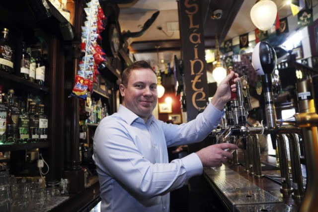 Irish pubs open on Good Friday for 1st time in 90 years