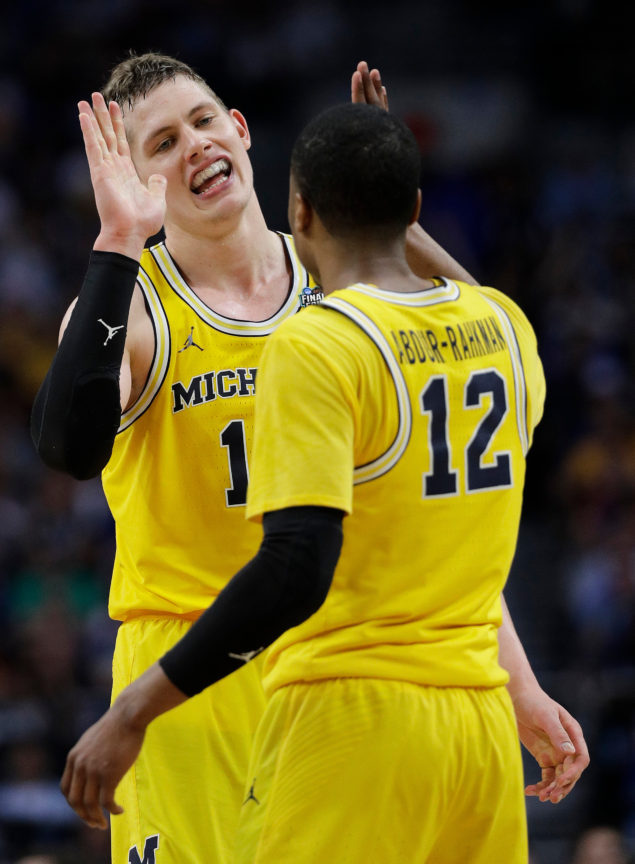 NCAA Latest: Michigan beats Loyola-Chicago in Final Four