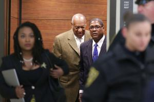 Cosby trial to proceed after defense attorneys fail to get case thrown out