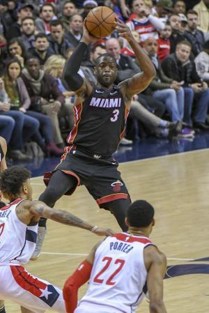 Miami Heat's Dwyane Wade visits Marjory Stoneman Douglas students