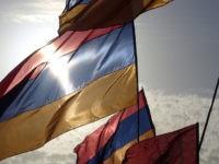 Armenian flags (Harout Arabian / Flickr / CC)