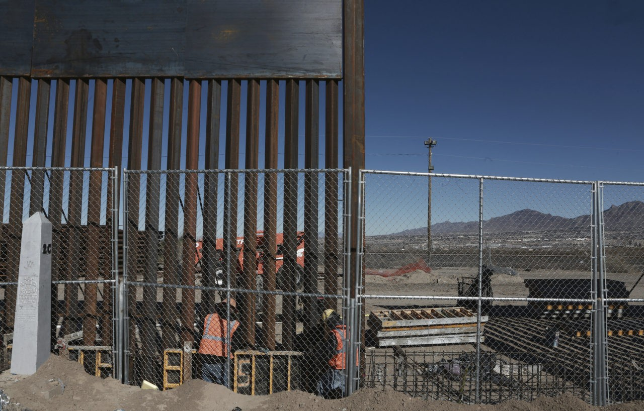 Illegals Cut 9,287 Holes in Obama-Era Border Fence | CNSNews |Obamas Border Fence