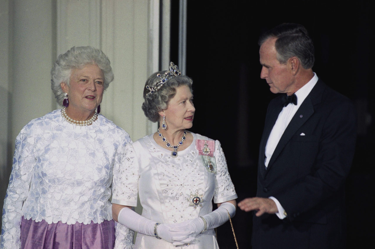 Photos Remembering First Lady Barbara Bush S Days In The White