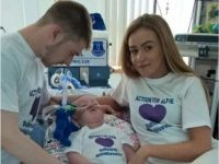 Alfie Evans with his parents
