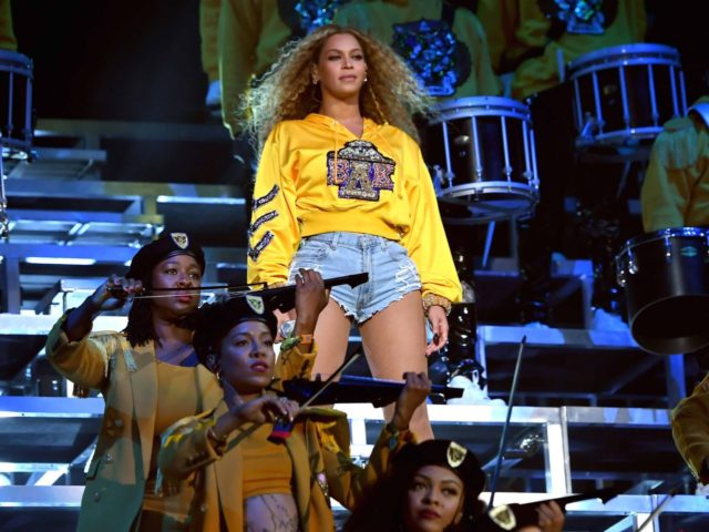 Beyonce at Coachella (Larry Busacca / Getty)