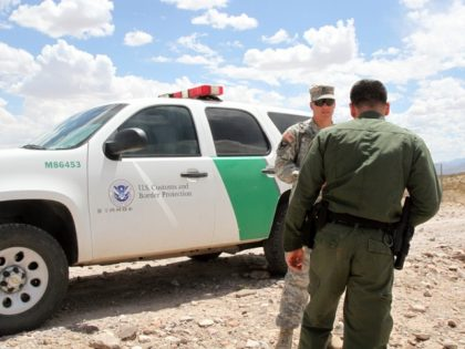 National Guardsman with Border Patrol Agent
