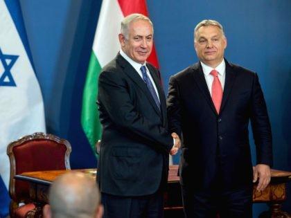 Netanyahu Orban (Karoly Arvai / AFP / Getty)
