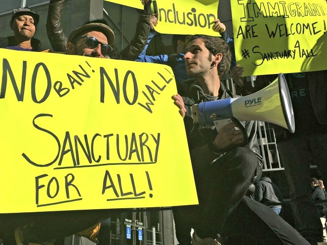 City Council Resolution Formally Declares Los Angeles a 'Sanctuary City'