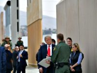 Trump to Demand $2.5 billion for Border Wall in 2019