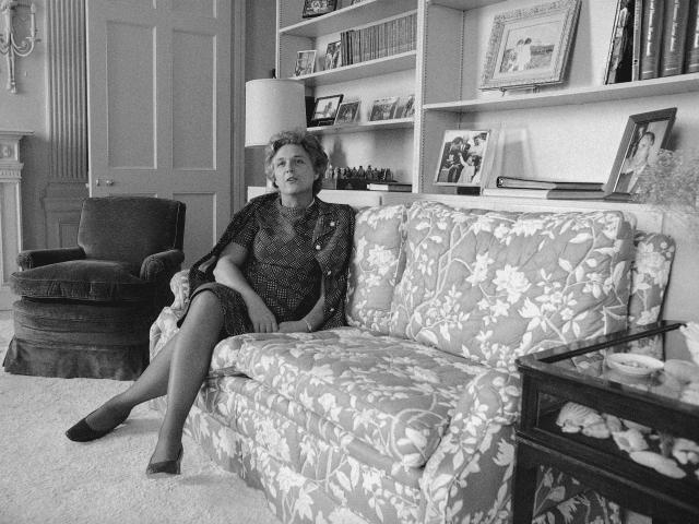 Mrs.Barbara Bush shown April 13,1971.(AP Photo/Anthony Camerano)