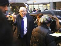 Michael Steinhardt, the co-founder and major supporter of Birthright Israel—a program that has brought more than 600,000 Jewish young adults from around the world to Israel for free 10-day heritage trips—gave the middle finger to a group of anti-Israel, anti-Birthright activists outside a gala Birthright celebration on April 15.
