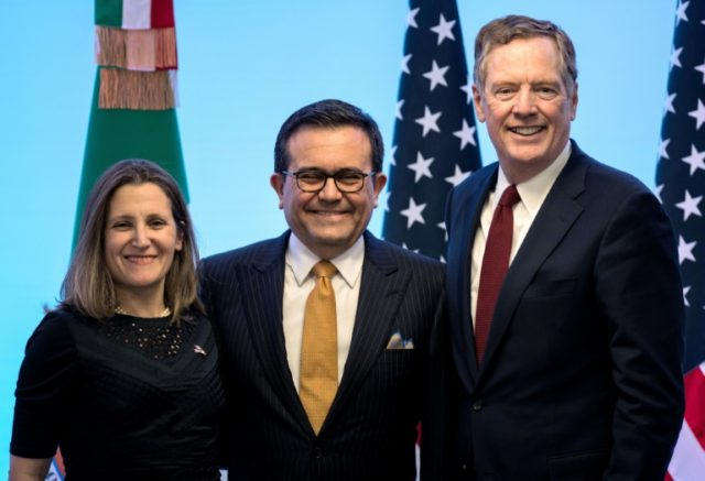 Canadian Foreign Minister Chrystia Freeland (L), Mexican Economy Minister Idelfonso Guajardo (C) and US Trade Representative Robert Lighthizer have been engaged in multiple rounds of talks to renegotiate the North American Free Trade Agreement