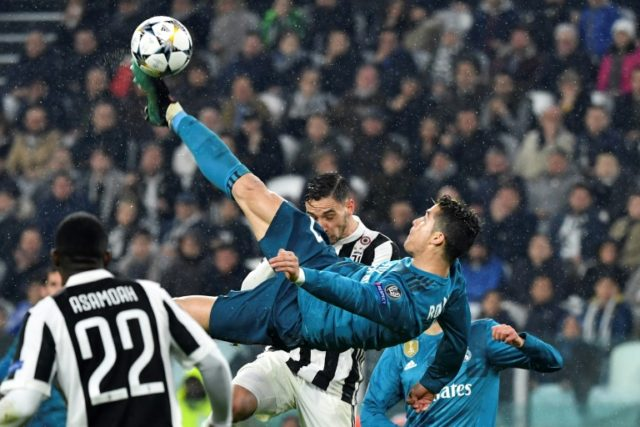 An overhead kick from Real Madrid's Cristiano Ronaldo, netting his second goal of the evening, drew wild applause from Juventus supporters on Wednesday night.