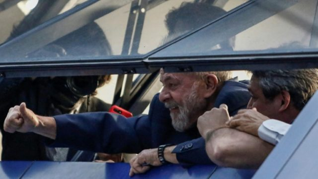 Brasilian ex-president Luiz Inacio Lula da Silva is negotiating his surrender after dramatically skipping a first deadline to start his 12-year prison sentence for corruption, according to a close ally