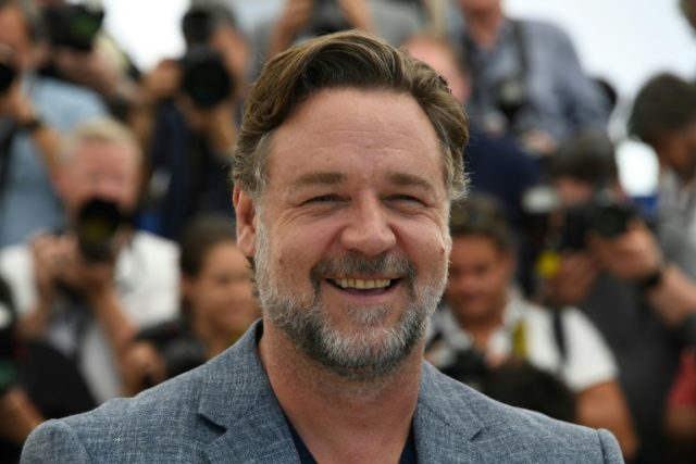Russell Crowe's 'divorce auction' of movie memorabilia and personal items brought in $2.8 million