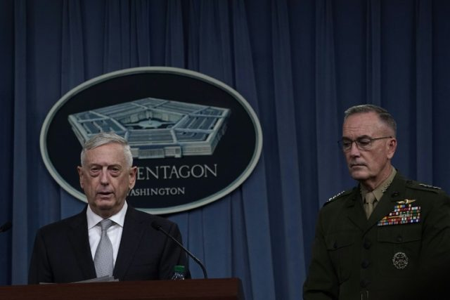 US Defense Secretary Jim Mattis and Chairman of the Joint Chiefs of Staff General Joeh Dunford brief members of the media on Syria at the Pentagon April 13, 2018
