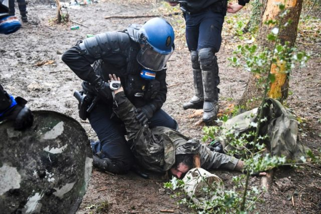 A week of clashes erupted on Monday when police launched an expulsion operation at Notre-Dames-des-Landes camp, near the city of Nantes