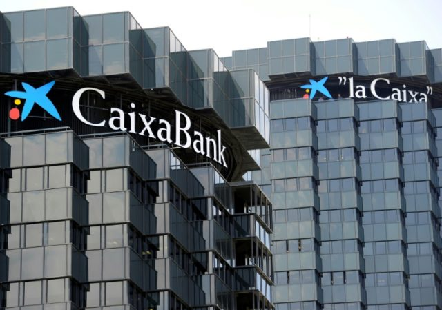 Spanish authorities wrote to CaixaBank to signal suspicious behaviour by nearly 200 clients between 2013 and 2015; The clients made large cash deposits in branch offices, then transfered it to Hong Kong and China, totalling nearly 100 million euros