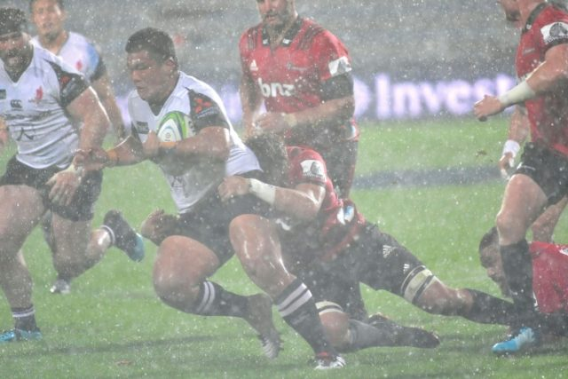Periods of thunder, lightning, torrential rain and occasional hail restricted efforts to produce a free-flowing game