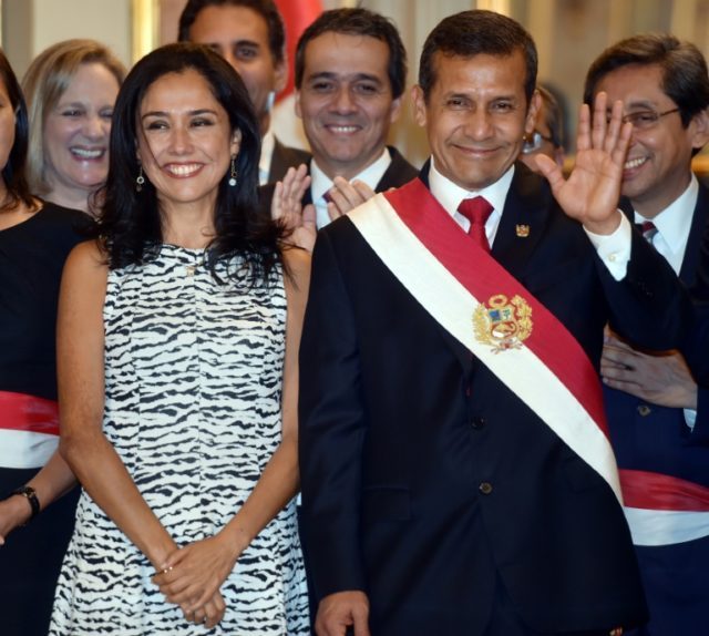 Peruvian ex-president Ollanta Humala and his wife Nadine Heredia in April 2015 at the presidential palace in Lima