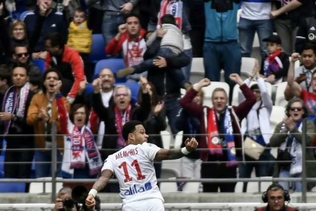 Memphis Depay continued his hot streak of form as Lyon beat Nantes