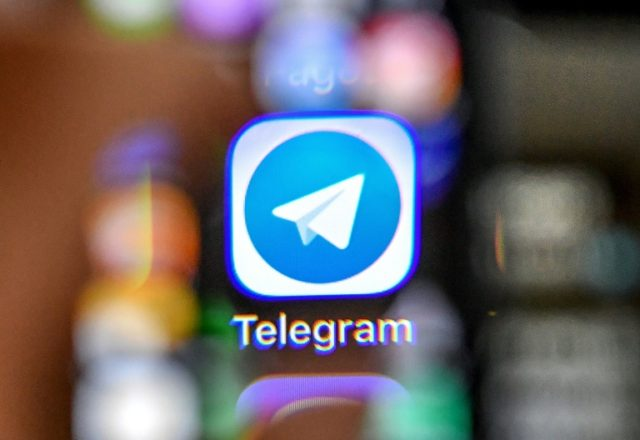 Russian authorities have tried to block access to the messaging app Telegram after it refused to give security services access to private messages