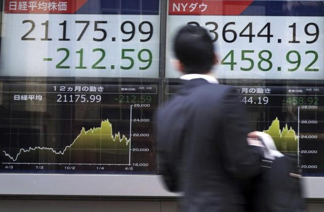 Trade war fears and tech jitters stalk global stock markets