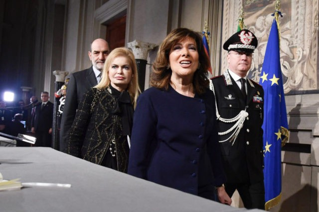 Italy opens political talks on forming new government