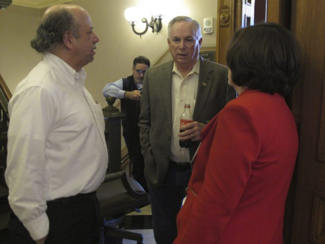 The Latest: Teachers come to Kansas Capitol to support plan