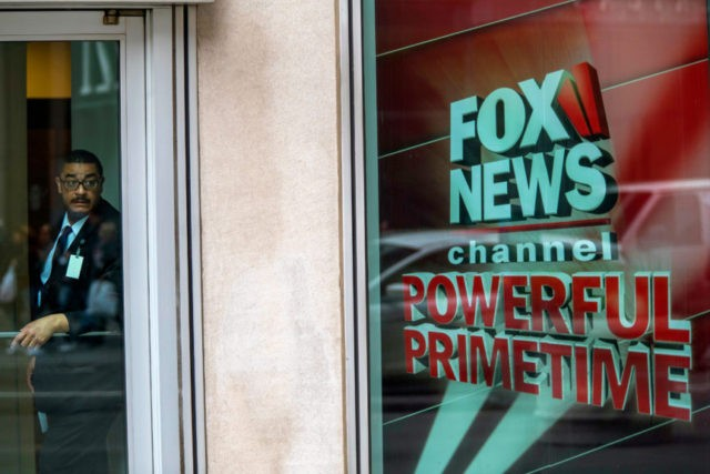 Fox News mistakenly posts graphic showing it lags in trust