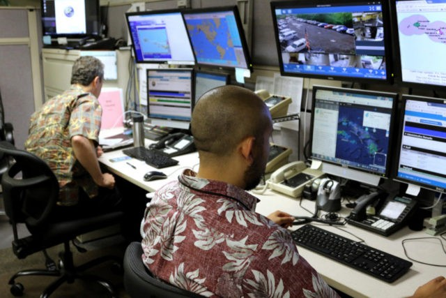 Botched Hawaii missile alert prompts advice on alert drills