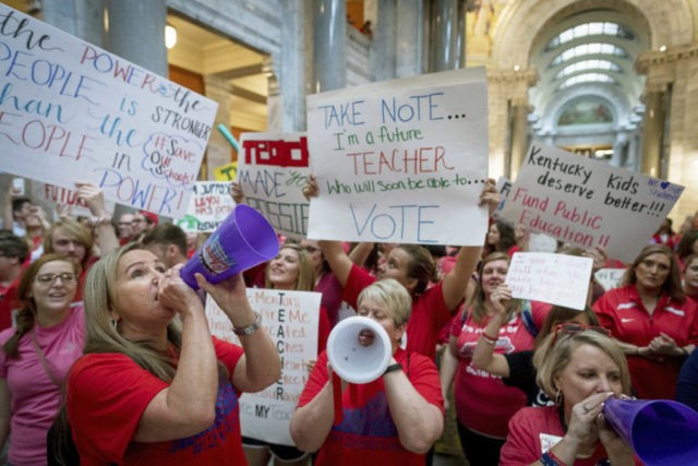 Teacher victory: Kentucky lawmakers override budget veto