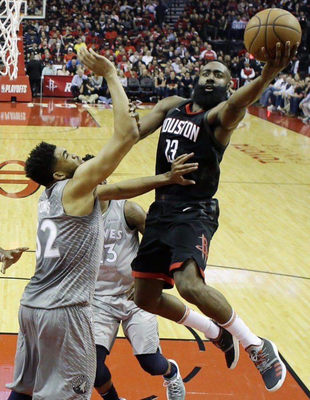 Harden scores 44 points, Rockets beat Wolves 104-101