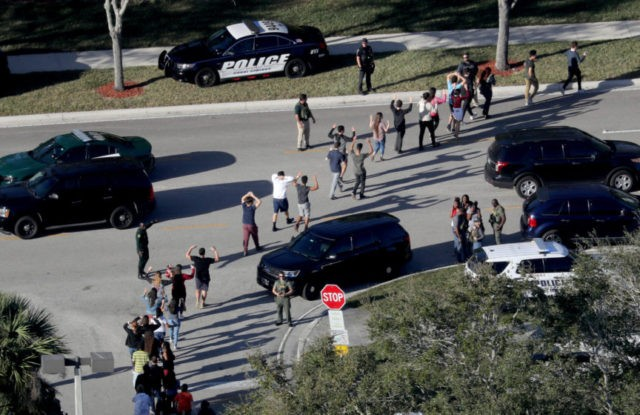 Reports: Police moved past deputies to enter Florida school