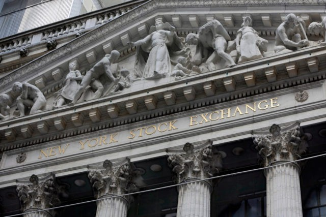 US stocks add to gains as company earnings reports impress