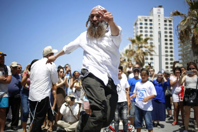 Israel celebrates its 70th birthday with parties and BBQ's