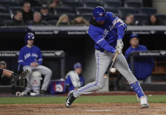 Gurriel Jr. has 3 RBIs in MLB debut, Blue Jays top Yanks 8-5