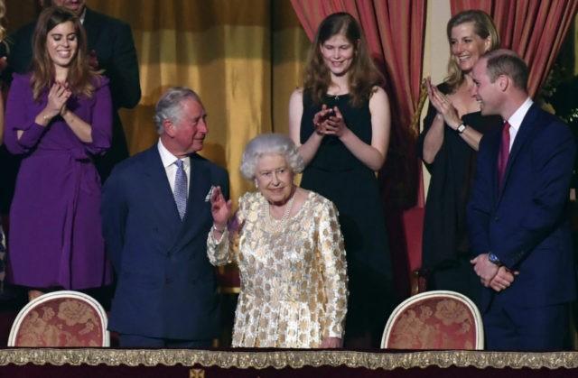 Thousands sing 'Happy Birthday' to Queen Elizabeth II