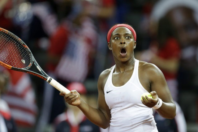 Fed Cup: US leads France 1-0 in semifinals